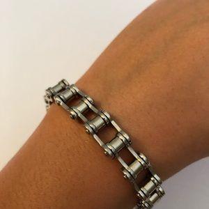 Other - Men's silver tone chain bracelet